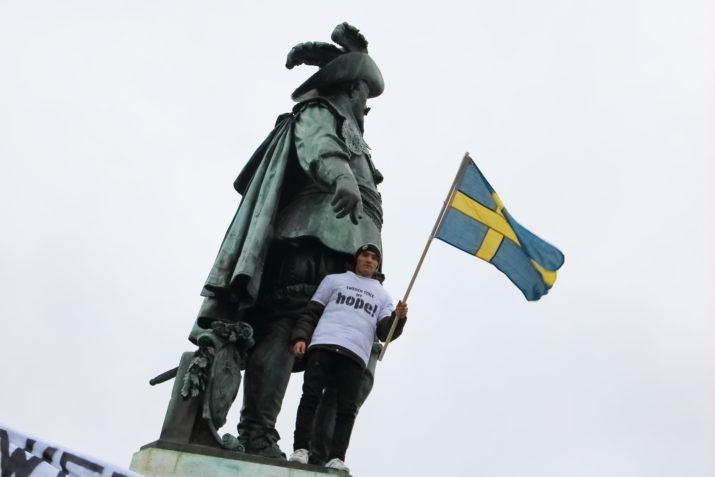 En av alla demonstrationer mot utvisningspolitiken. Göteborg 15/10. Foto: Amir Nabizadeh