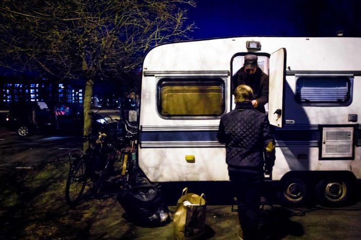 Civilsamhället mobiliserar utanför skyddsnäten. Foto: Frans Oddner