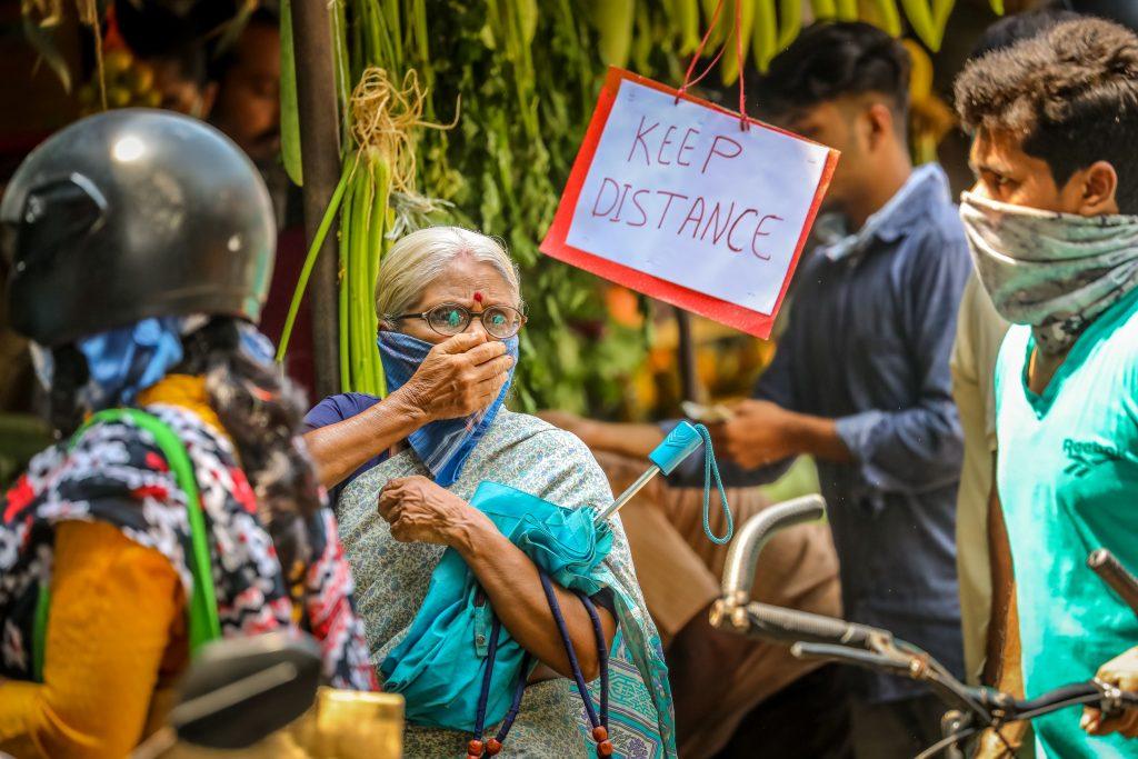 Högt pris för lockdown i Indien. Foto: Mattias Löw